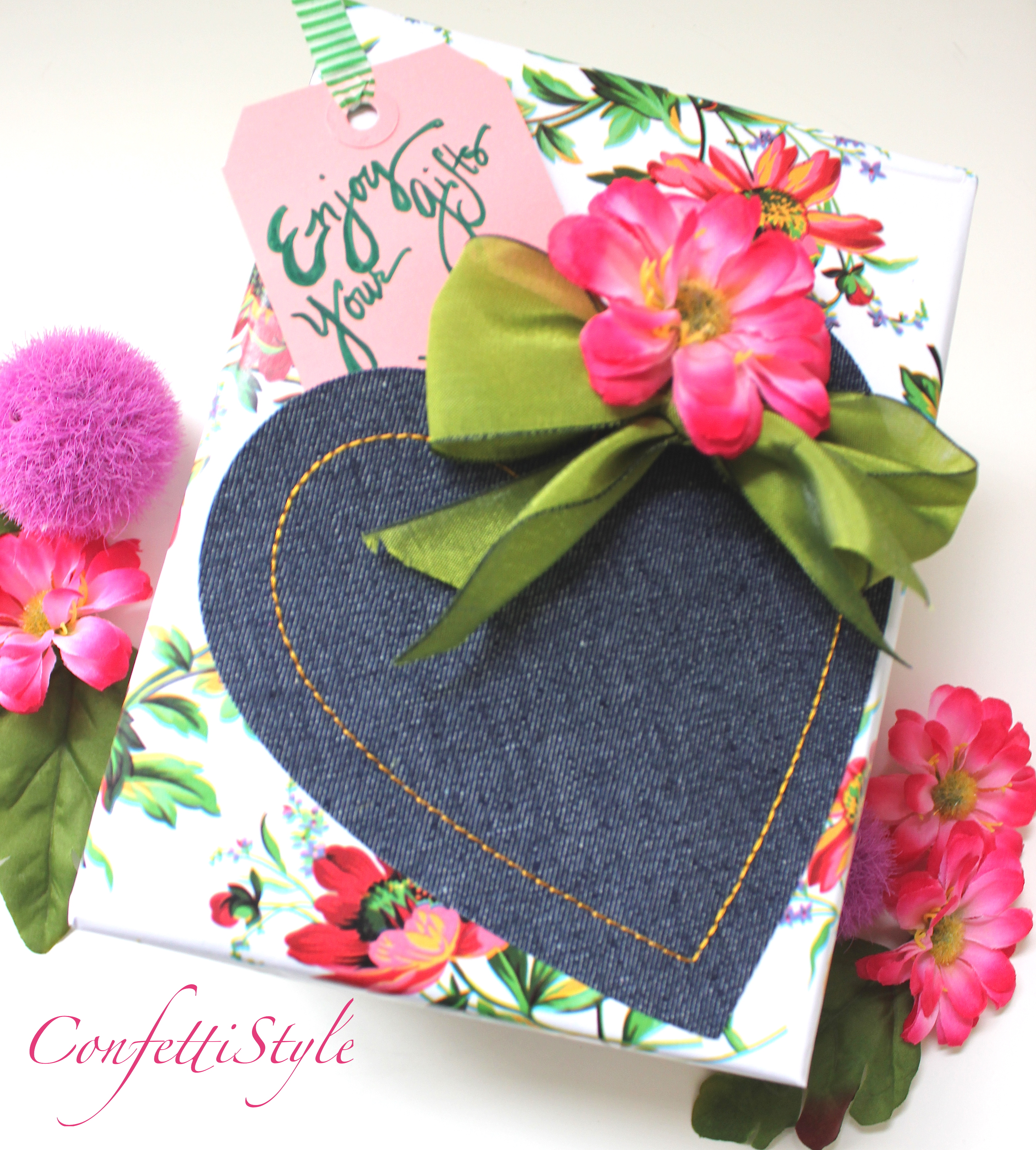 Gift wrap inspiration flowers and denim confettistyle wrapping gifts is always fun but when you can create a beautiful box using just a few items and in less than 10 minutes its even better izmirmasajfo